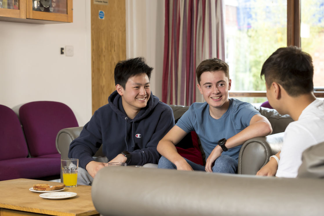 wycliffe international students in the lounge room
