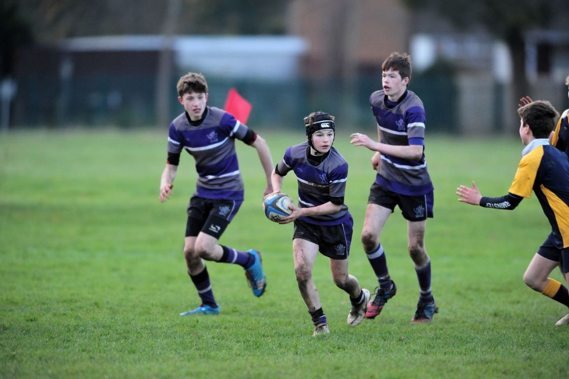wycliffe pupils playing rugby