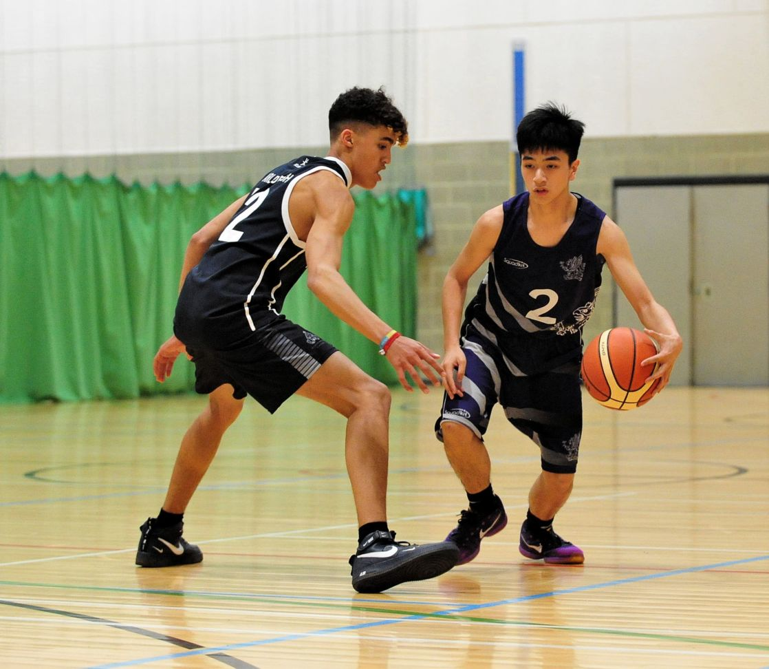 wycliffe pupils playing basketball