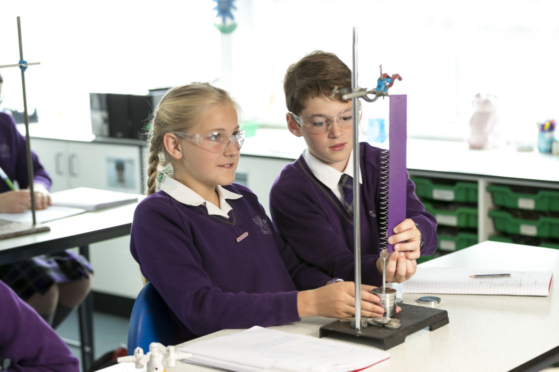 wycliffe pupils doing experiments in the science lab
