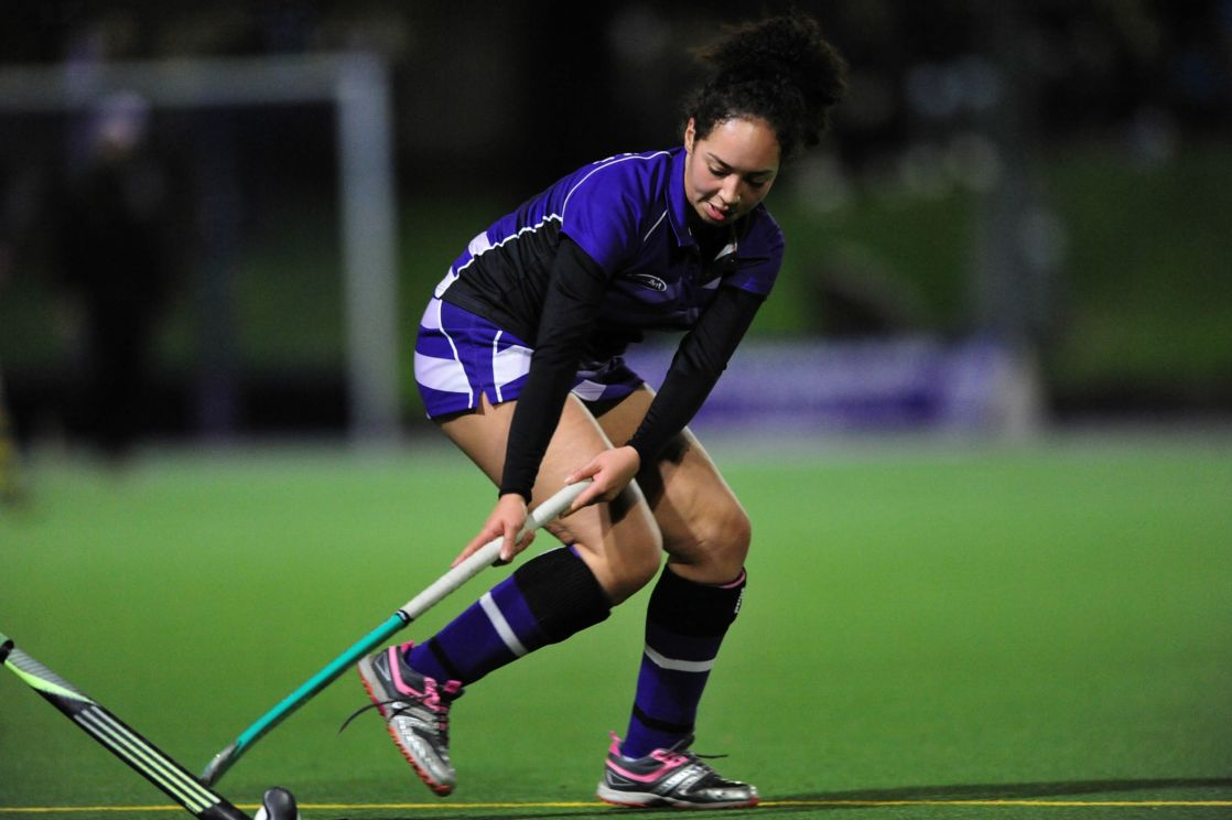 wycliffe pupil playing hockey
