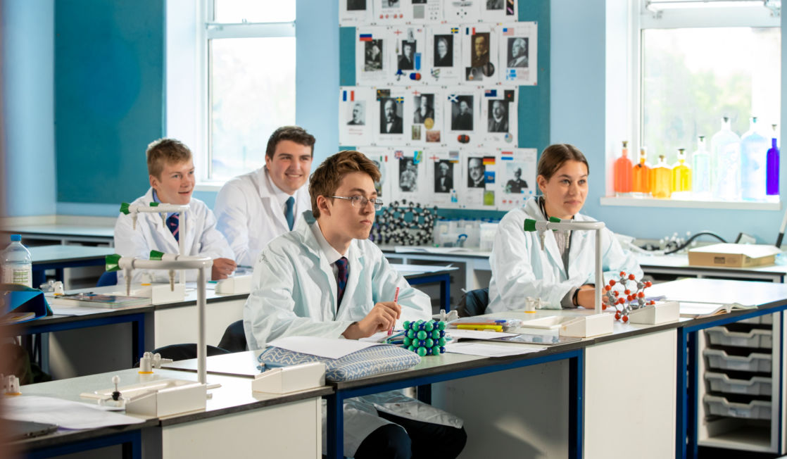 wycliffe pupils in a science lab